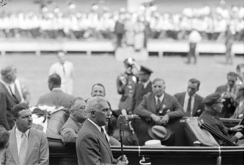 Governor Paul V. McNutt and President Franklin D. Roosevelt at the 1936 Indiana State Fair. Courtesy of the Indiana Historical Society.