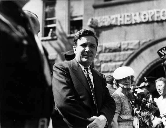 Wendell Willkie at the notification ceremony for his presidential nomination, Elwood, Indiana, 1940. Image courtesy of Indiana Memory.