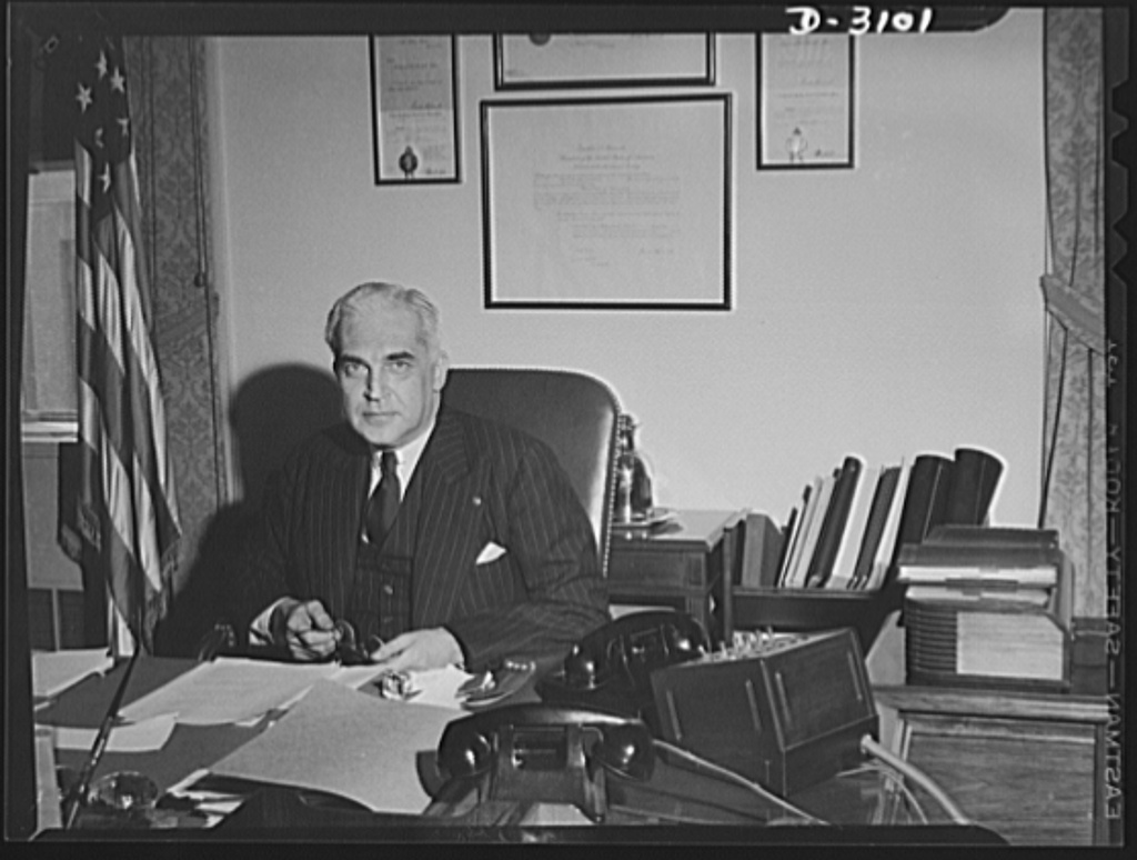 McNutt serving as the Director of the War Manpower Commission, 1942. Image courtesy of the Library of Congress.