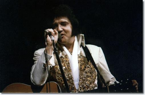 Elvis- 1977-june-26-5- Elvis Presley Music AU