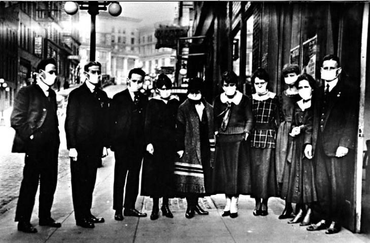 Сиэттл в 1918 году во время эпидемии испанки. 3-я Авеню. Недалеко от моего нынешнего места работы.
